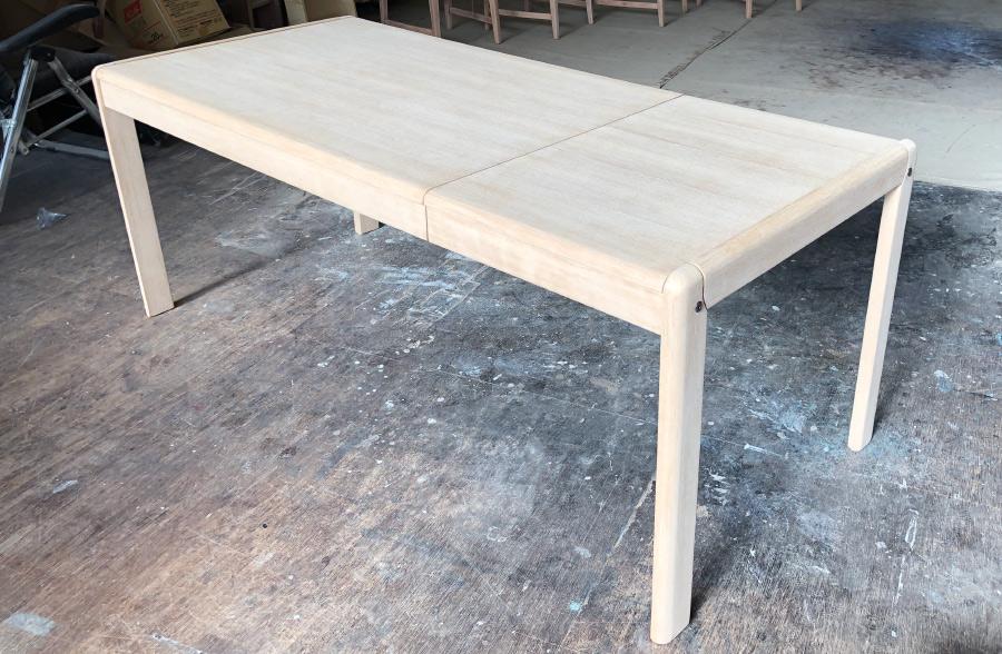 修理突き板張り替えダイニングテーブル